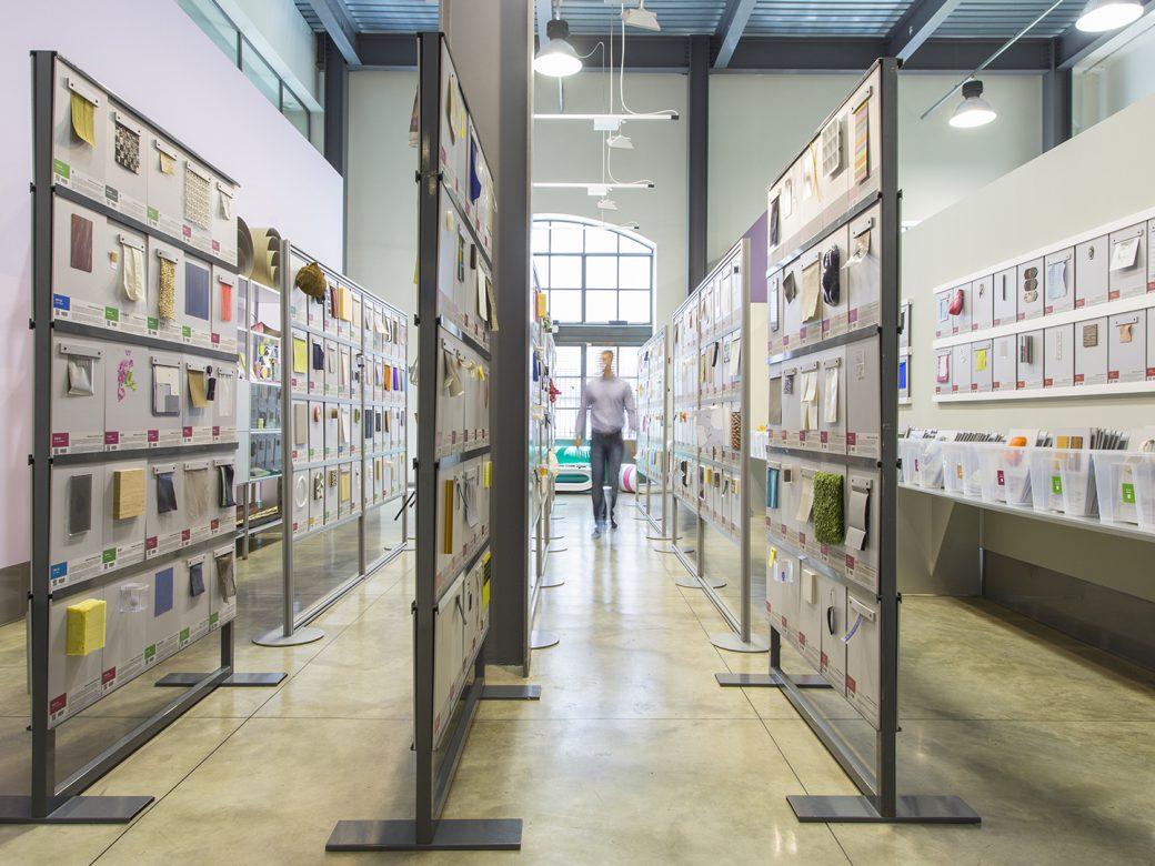 7500 MATERIALI INNOVATIVI: VISITA LA LIBRARY PIU RICCA DI MILANO ...